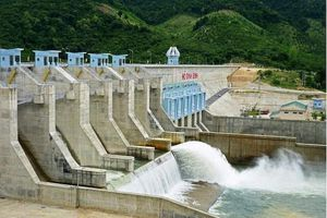 32 hồ chứa tại Trung Bộ, Tây Nguyên đang phải xả tràn phòng chống lũ