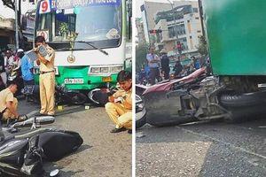 Xe buýt tông hàng loạt phương tiện dừng đèn đỏ, 1 người nhập viện cấp cứu