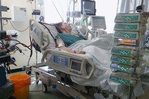 Nghiện hút vape chưa được nửa năm, thiếu niên suy hô hấp suýt chết