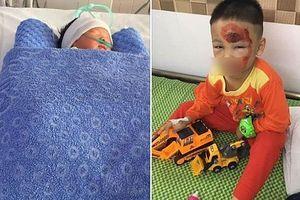 Truy tìm xe ô tô gây tai nạn khiến 2 mẹ con sản phụ thương vong