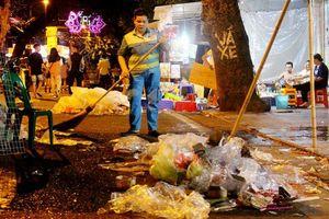 Hà Nội khó xử lý 'đống' rác thải nhựa ngày càng 'khủng'?