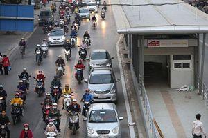 Hà Nội: Gần 350 phương tiện đi vào làn BRT, phạt nguội hơn 2 tỷ đồng