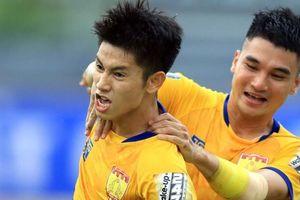 HLV Park Hang-seo loại Trọng Hùng và Văn Đại trước trận gặp UAE