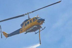 Rơi máy bay trực thăng trong lúc chữa cháy rừng ở Australia