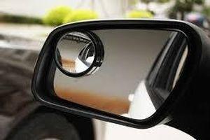 Mách bạn cách chỉnh gương chiếu hậu ô tô để tránh điểm mù tối đa