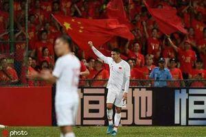 LĐBĐ Trung Quốc 'chơi lớn' với 50 ngoại binh nhập tịch?