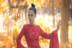 Hoa hậu Huỳnh Trâm tung bộ ảnh khoe nét đẹp quyến rũ tại Hàn Quốc