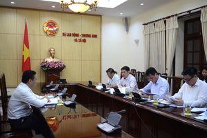 Thứ trưởng Lê Văn Thanh làm việc với Cục Việc làm