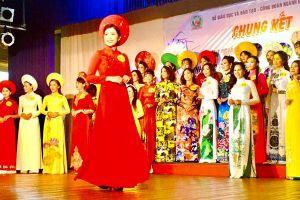 Phát động thi đua chào mừng Ngày Nhà giáo Việt Nam