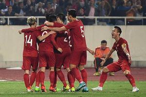 Thắng nhẹ UAE, đội tuyển Việt Nam 'chễm chệ' ngôi đầu bảng G