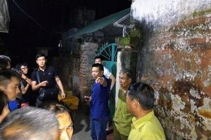 Thái Bình: Kinh hoàng chồng giết vợ rồi phủ chăn lên, tẩm xăng đốt xác