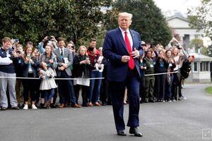 Ông Trump đang 'nợ' người Mỹ một sự thật