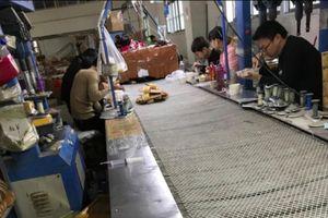 Vấn nạn lao động 'chui': Rủi ro và cạm bẫy