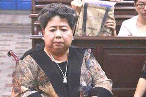Triệu tập hơn 100 người tới phiên xử vụ 'đại gia' Hứa Thị Phấn