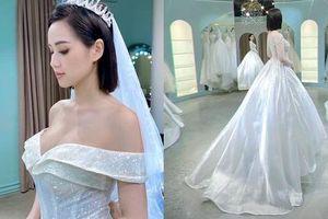 Chả đợi đến 10 năm, Tâm Tít khoe luôn mặc váy cưới lần 2 làm ai cũng 'hóng' chú rể lộ diện