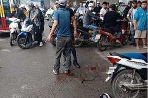 Nguyên nhân bất ngờ vụ người đàn ông cầm dao truy sát 2 cô gái ở gầm cầu Dậu