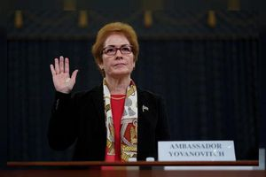 Cựu đại sứ Mỹ: Quan chức tham nhũng Ukraine có đối tác ở Washington
