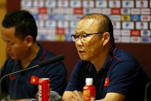 Thầy Park ca ngợi Tuấn Anh, Tiến Linh, khẳng định luôn tin tưởng Công Phượng