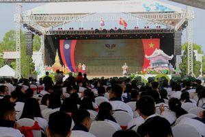 Ngày hội 'Thắm tình hữu nghị đặc biệt Việt Nam - Lào' 2019