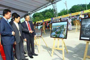 Nhiều hoạt động trong Ngày hội thắm tình hữu nghị đặc biệt Việt-Lào