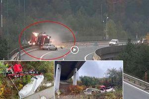 Khoảnh khắc ô tô con húc xe Bồn rơi xuống Cầu Cạn 20m, tài xế tử vong
