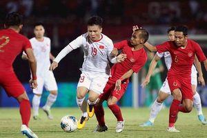 ĐT Việt Nam bỏ xa Thái Lan trên các BXH bóng đá thế giới