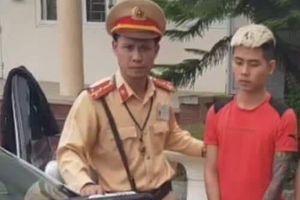 Hà Nội: Kiểm tra xe ô tô chạy quá tốc độ, phát hiện ma túy