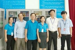 Bình Phước: Tặng 'Góc bảo hộ lao động' cho doanh nghiệp