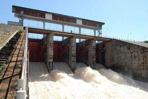 Thiếu nước, tăng cường huy động các nguồn điện chạy dầu