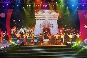 Chương trình nghệ thuật đặc biệt chào mừng 'Ngày hội thắm tình hữu nghị đặc biệt Việt Nam-Lào' năm 2019