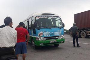 Tài xế xe buýt bất ngờ tử vong trên ghế lái ở ven quốc lộ 5