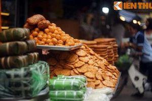 Kỳ lạ nơi bốn khu chợ nằm cạnh nhau độc nhất Hà Nội