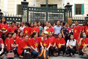 Hà Nội sẽ dành 3000 chỉ tiêu biên chế để giải quyết hết số giáo viên hợp đồng?