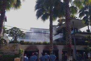 Cháy biệt thự chứa nhiều xe sang của một đại gia bất động sản ở Đà Nẵng