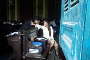 Phúc thẩm vụ vợ chồng 'vua' cà phê Trung Nguyên: Hoãn tòa vì bà Lê Hoàng Diệp Thảo nhập viện