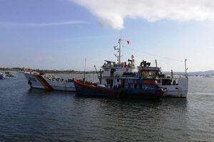 Khánh Hòa: Hỗ trợ đưa tàu cá bị nạn ở Trường Sa vào đất liền an toàn