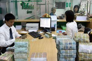 Tín dụng tăng, lợi nhuận ngân hàng tiếp đà bứt phá