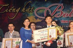 Hoài Linh giành giải nhất Hội thi 'Tiếng hát Bolero' khu vực ĐBSCL