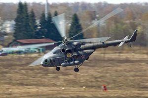 Mi-8 phóng tên lửa tấn công 'kẻ thù' ở vùng núi Kyrgyzstan
