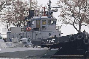Nga thả 3 tàu Ukraine trước thềm Hội nghị thượng đỉnh Normandy