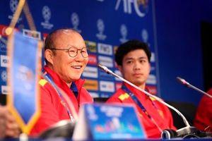 HLV Park Hang Seo: 'Công Phượng ghi bàn, Việt Nam thắng Thái Lan'
