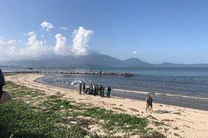 Đà Nẵng: Phát hiện xác phụ nữ trôi dạt vào bờ biển