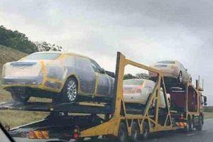 Mua hàng trăm xe sang Rolls-Royce, BMW, Mercedes và cả máy bay, quốc vương Châu Phi gây tranh cãi