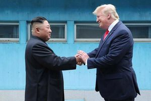Đàm phán Mỹ- Triều: Ai sẽ là người bước lên trước?
