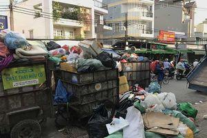 Lý do giá thu gom rác tăng gần gấp đôi