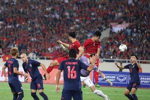 Việt Nam vững ngôi đầu sau trận bất phân thắng bại với Thái Lan