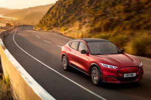 Ford Mustang Mach E ra mắt: Crossover thuần điện, giá từ 44.000 USD