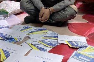 Bắt giữ nhóm đối tượng làm vé giả trận Việt Nam - Thái Lan