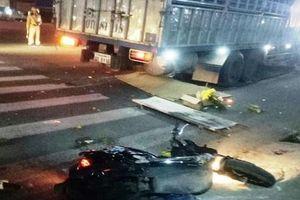 Xe tải biển Lào gây tai nạn liên hoàn, 3 người thương vong