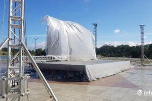 Lâm Đồng: Lắp đặt màn hình 60m2 phục vụ người hâm mộ xem trận Việt Nam – Thái Lan